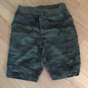 GAP Bottoms - Gap camo shorts